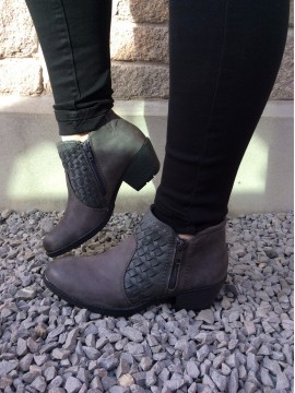 EARTH SPIRIT LADIES LEATHER GREY ANKLE BOOT