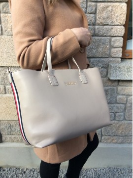 TOMMY HILFIGER ICONIC LADIES NUDE SATCHEL